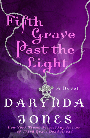 Book Cover: Fifth Grave Past the Light by Darynda Jones