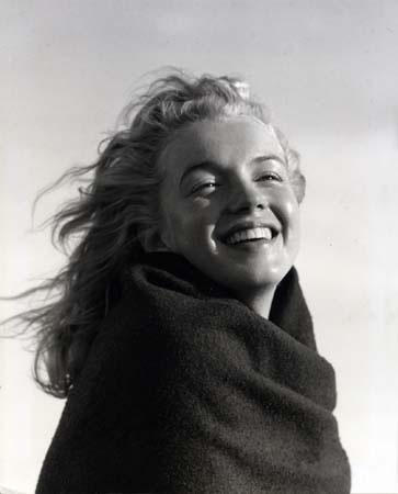 Marilyn Monroe by photographer Andre de Dienes, 1946