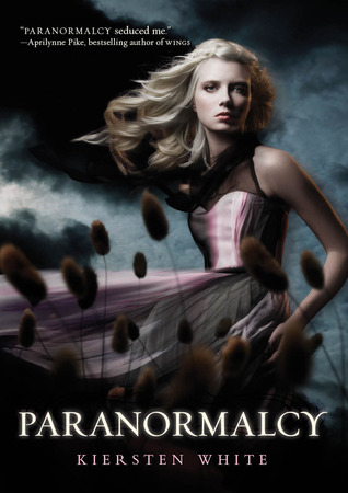 Book Review – Paranormalcy (Paranormalcy #1) by Kiersten White