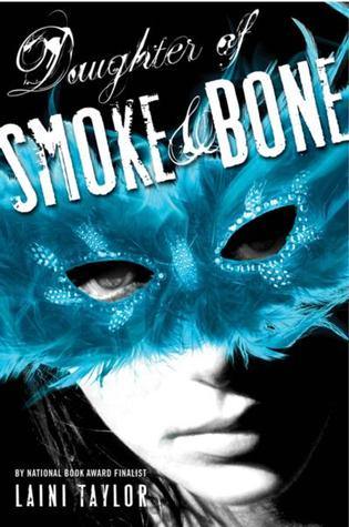 Review ~ Daughter of Smoke & Bone by Laini Taylor