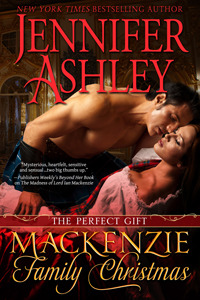 A Mackenzie Family Christmas: The Perfect Gift (Highland Pleasures, #4.5)