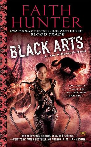 Review: Black Arts by Faith Hunter