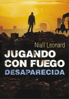 https://www.goodreads.com/book/show/21422717-desaparecida?from_search=true